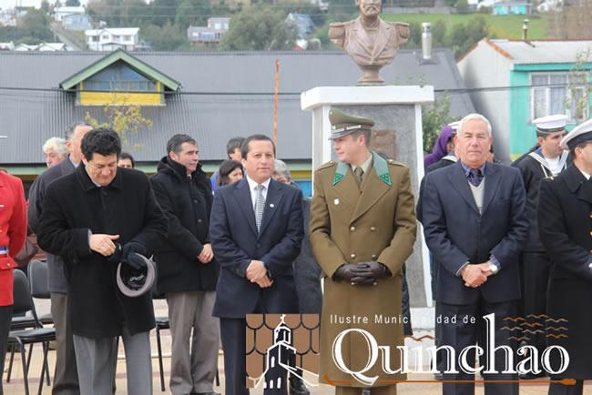 """CON BUEN MARCO DE PUBLICO ACHAO SE SUMO A LA CONMEMORACION DEL """"DIA DE LAS GLORIAS NAVALES"""""""