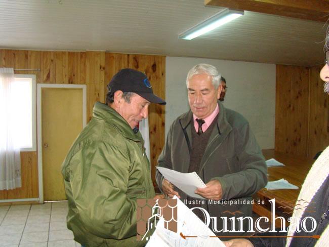 AGRICULTORES DE LA COMUNA DE QUINCHAO SON FAVORECIDOS CON BONO DE APOYO INICIAL DE INDAP